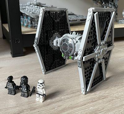 Caza TIE Imperial de LEGO 75300